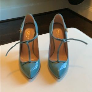 Gucci patent blue pumps